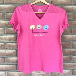 Life is Good size M classic fit, pink tee